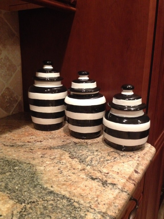 Ceramic Clay Pottery Black And White Striped Canister Set For