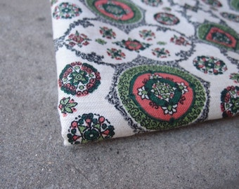 Vintage Fabric Decorator Linen Cream Gray Green Coral Home Decor Yardage Sewing Supplies