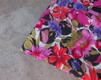 Vintage Fabric Cotton Blend Tropical Floral Black Pink Red Olive Bright Sewing Supplies Yardage