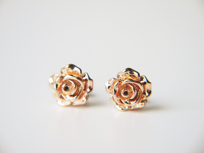 rose gold rose flower post earrings simple everyday modern. Black Bedroom Furniture Sets. Home Design Ideas