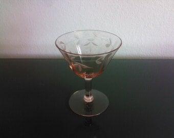 set of 4 vintage pink crystal wine champagne glasses paneled etched depression