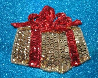 DESTASH Mystery Bag of Jewelry, Beads, Charms. 5115