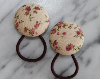 Shabby Flowers pony tail holders make adorable party favors, gifts, everyday hair accessories