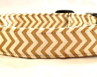 The Metallic Collection Cream White and Gold Chevron Zig Zag Stripe Dog Collar