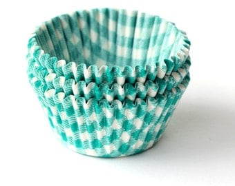 Gingham Cupcake Liners (100) - Green Gingham Baking Cups