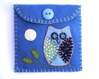 Felt coin purse, Owl coin purse, Handmade felt purse, Owl gift bag ,felt wallet, small purse, blue felt purse, Owl jewellery case.