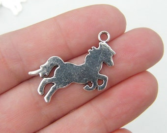 6 Horse charms antique silver tone A564