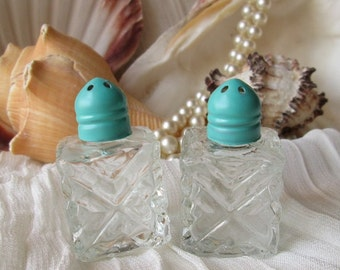Mini Sea Side Green Crystal Glass Salt and Pepper Shakers