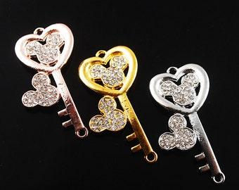 5pcs 41X19mm Metal Alloy Cartoon Key Shape Crystal Rhinestone Bracelet Connector Charms Craft Jewelry Making Findings --- DZ024
