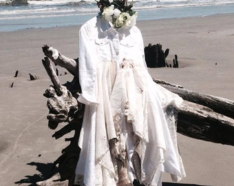 S L Boho White Magnolia Pearl Jean Jacket, Country Chic, Stevie Nicks Style, Linen Lace Boho Dresses, Lagenlook Duster, True Rebel Clothing