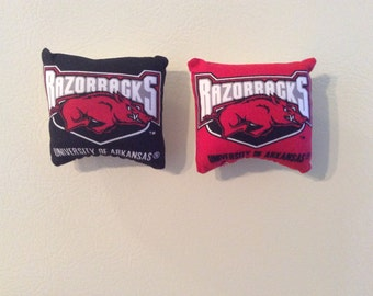 University of Arkansas Razorbacks Pillow Magnet