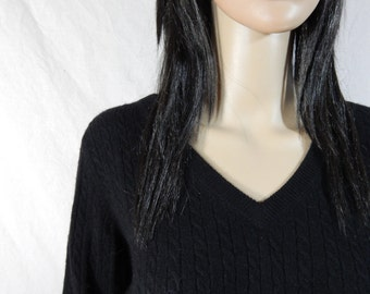 BLACK 100% CASHMERE SWEATER  by Red Moon Cable Knit V Neck Size Medium/ Large