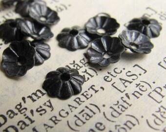 6mm bead cap, antiqued black brass bead caps (30) mini, small, tiny dark bead cap, oxidized brass, flower bead cap