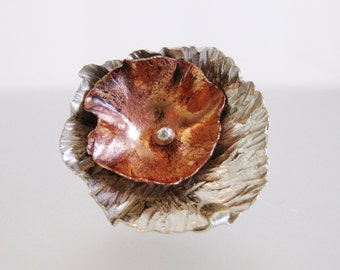 Cute Vintage 1970's Copper & Sterling Poppy Ring