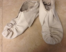 Moccasins pucker toe Eastern native american made style