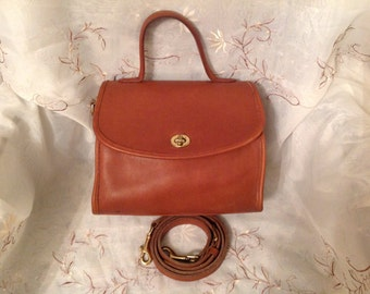 Vintage Coach Manor Shoulder/Handbag British Tan Traditional Preppy Chic Classic Purse Rare