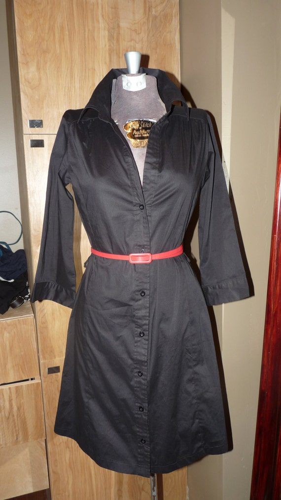 Women's Shirt dress. Size small, black, fitted, casual, career, party summer spring trend size small