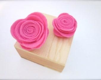 Pink Pin -- Pink Flower Pin -- Pink Rose Clip -- Pink Flower Brooch -- Pink Flower Pin Accessory -- Pink Felt Rose -- Pink Felt Brooch