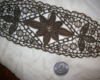 1  metal embroidered french applique