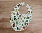 Merry XMAS Print Baby Bib / Free Shipping Flannel Cotton Bib / Toddler Bib Made In Israel by CasaDeGato