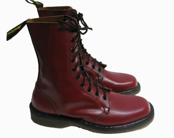 Vintage Na Na Doc Martens Boots Womens US Size 9 Red Leather 10 Eyelet DMs Dr Martens Air Cushion Soles Boots Made In England
