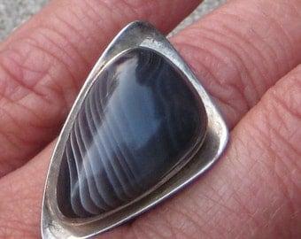 Dress Up Your Finger Great Vintage Sterling  Stone  Artist Signed Retro Modern Big Ring