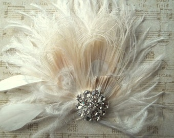 Ivory bridal hair comb, feather hair clip, bridal hair comb, wedding hair clip,  ivory feather hair comb, bridal headpiece,  wedding hair