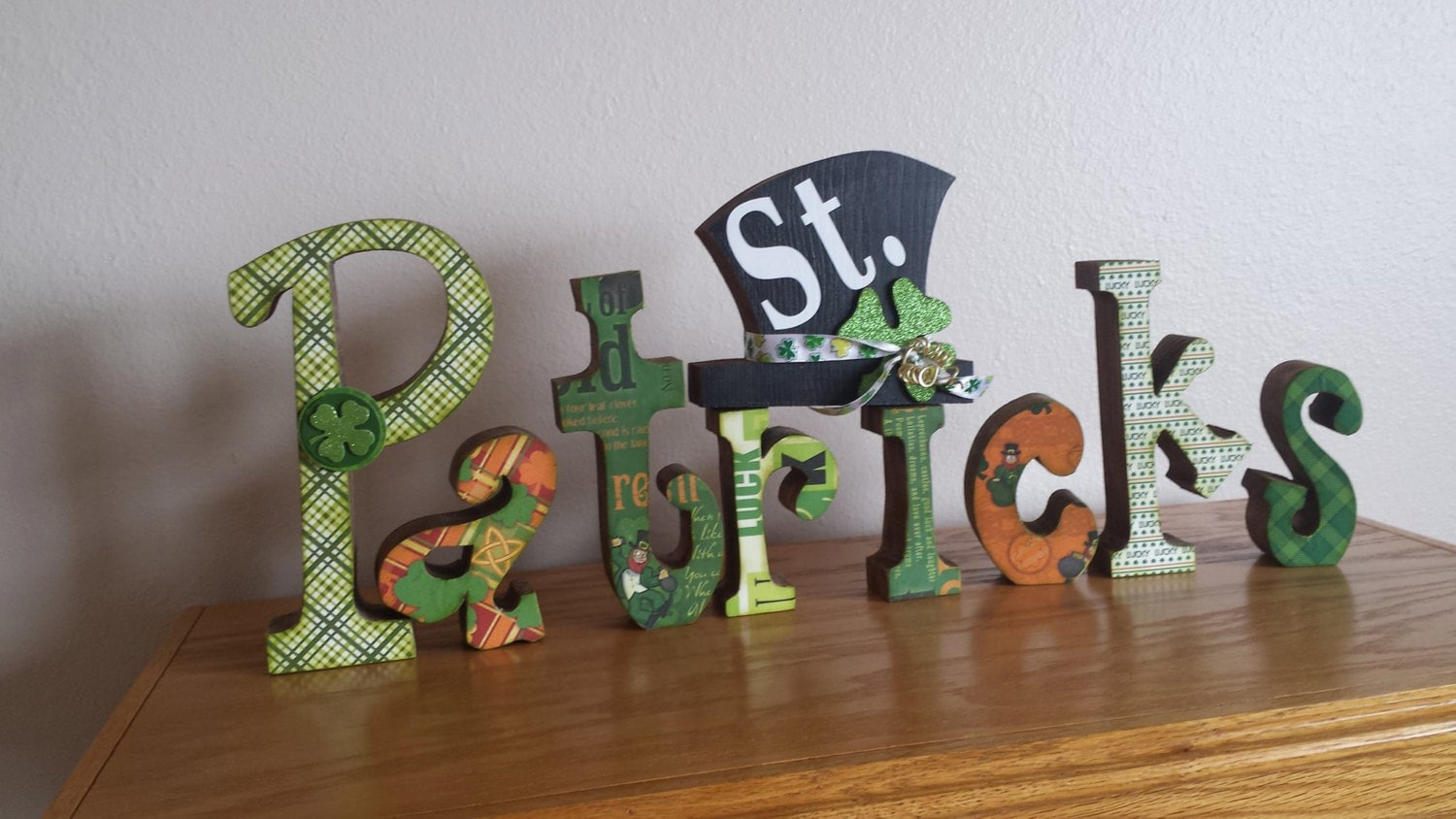 St patricks day wood letters home decor by thecraftyattic for Home decor 86th street