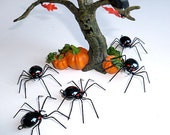 Five Small Hanging Black Spiders Wire Art Ornaments Home Decor Halloween Decor Unique Insect Ornaments Gift of Nature Relistic Spiders