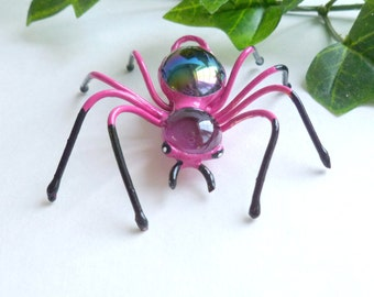 Pink Spider Wire Art Bug Unique Pendant Gift for Spider Lovers Nature Lovers Pet Spider Ornament for Home Decor