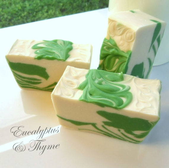 Eucalyptus and Thyme soap with colloidal oatmeal - cold process, handmade by Bonny Bubbles