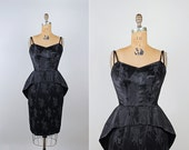 1950s cocktail wiggle dress - small / extra small - vintage 50s bombshell party dress - LBD - sweetheart neckline - peplum - damask satin