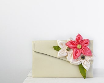 Coral bridesmaid clutches, wedding clutches, custom bridesmaids gifts
