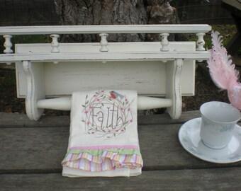 Heirloom White Shelf Towel Plate Display Spindles Wood Vintage