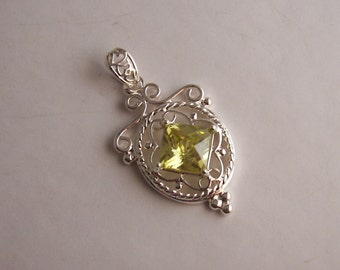 925 Sterling Silver Citrine Filigree Pendant