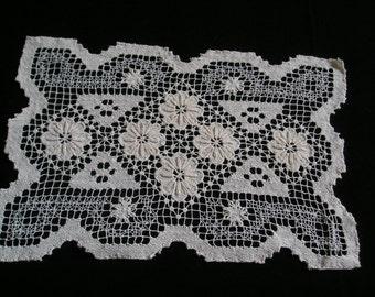 Beautiful Lost Art Handmade Netting Lace Doily