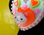 Glitter Kitty Resin Heart Cameo Pendant Beaded Necklace