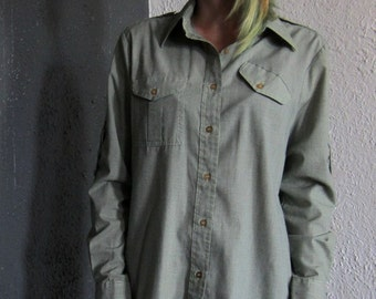 GI Jane 1940s Womens Military Button Up with Unique Pocket Green Long Sleeves S/M