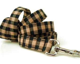 Tan and Black Dog Leash