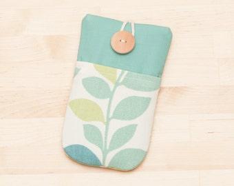 iPhone 6 Plus sleeve / sony xperia z1 z2 z3 sleeve / nexus 6 sleeve / iphone 5 sleeve  / iphone 4s case - floral with pockets -