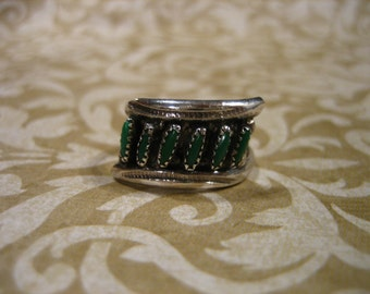 Vintage Sterling Silver Ring w 6 Petit Point Gaspeite Stones