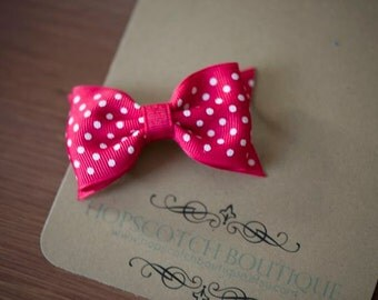 Patty clips in Pink with White Dots