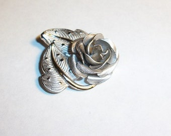 Vintage  Very Lovely R Inc. Sterling Rose Pin Brooch
