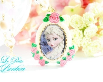 Queen Elsa Frozen necklace