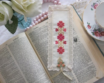 Victorian Lace Clover Cross Stitch Book Marker