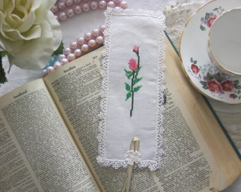 Victorian Lace and Rose Cross Stitch Book Mark by Los Chiquitos