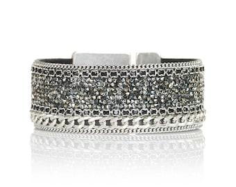 Swarovski crystal fine rocks cuff - glitter bracelet - statement cuff - holidays jewelry - silver curbchain cuff - statement jewelry