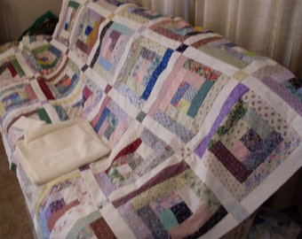 Free Shipping Scrappy Logs 91 x 105.  Quilt top, border and backing. Multicolored