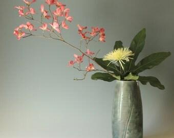 Ikebana vase, porcelain