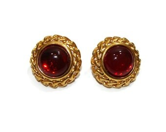 Vintage Red Center Circle clip On Earrings